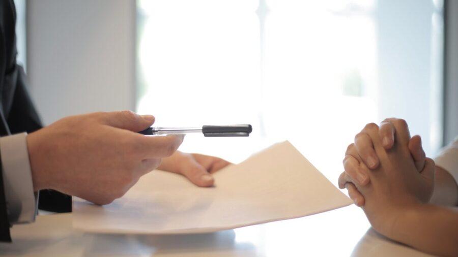 Пример применения смарт-контрактов