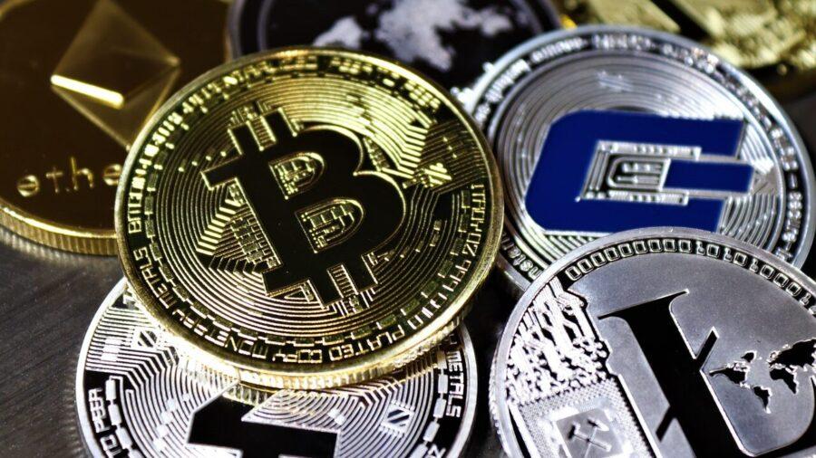Илон Маск заявил, что биткоин не децентрализованный актив