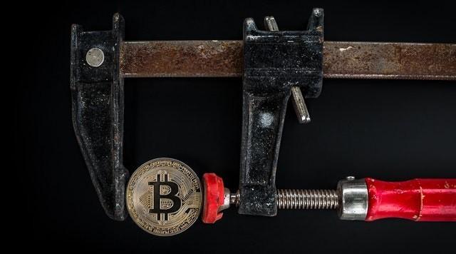 Хороший пример — финансовая отчетность. Она хранится в базе данных цифровой технологии блокчейн