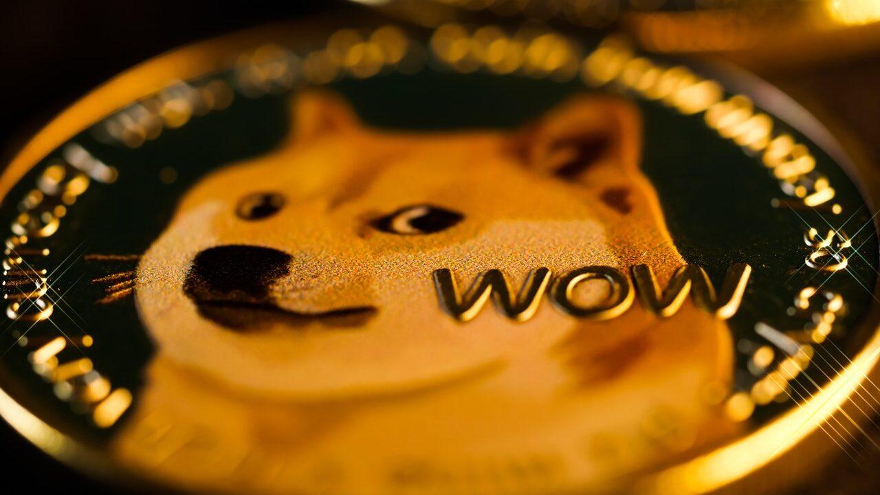 биржа Coinbase начала принимать Dogecoin