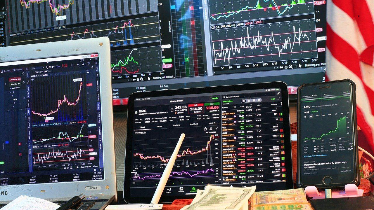 торговля криптовалютой для начинающих: паттерн вымпел
